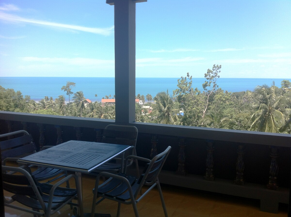 Two bedroom Seaview Apartment