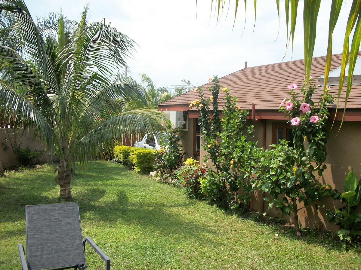 PIECE  OF  JAMAICA    MONTEGO  BAY