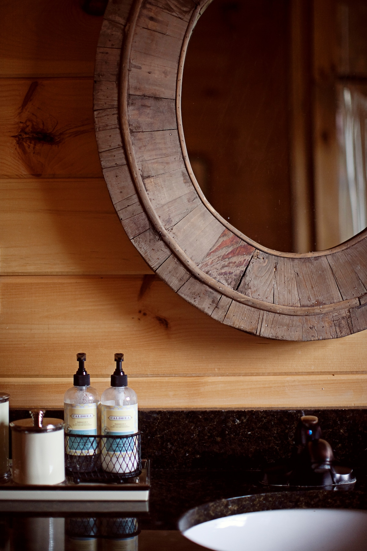 Blueridge Cabin (3 bed + 3 bath)