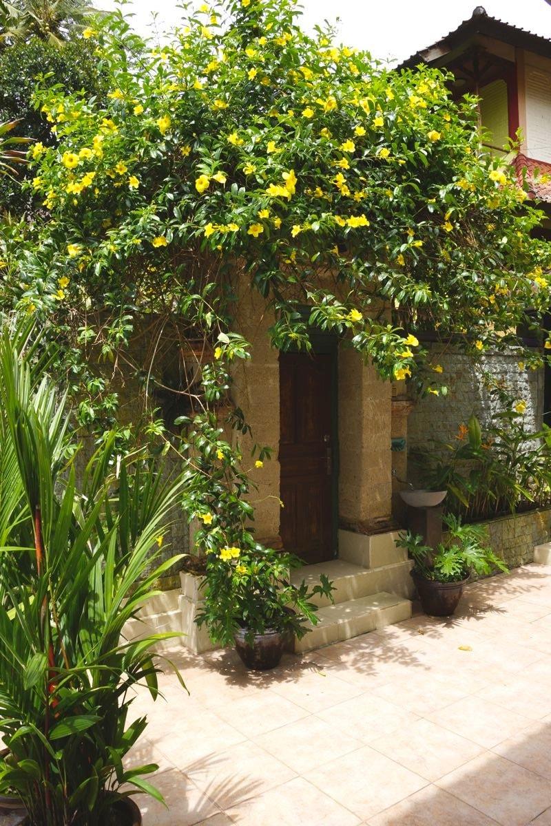 Main entrance to the Villa