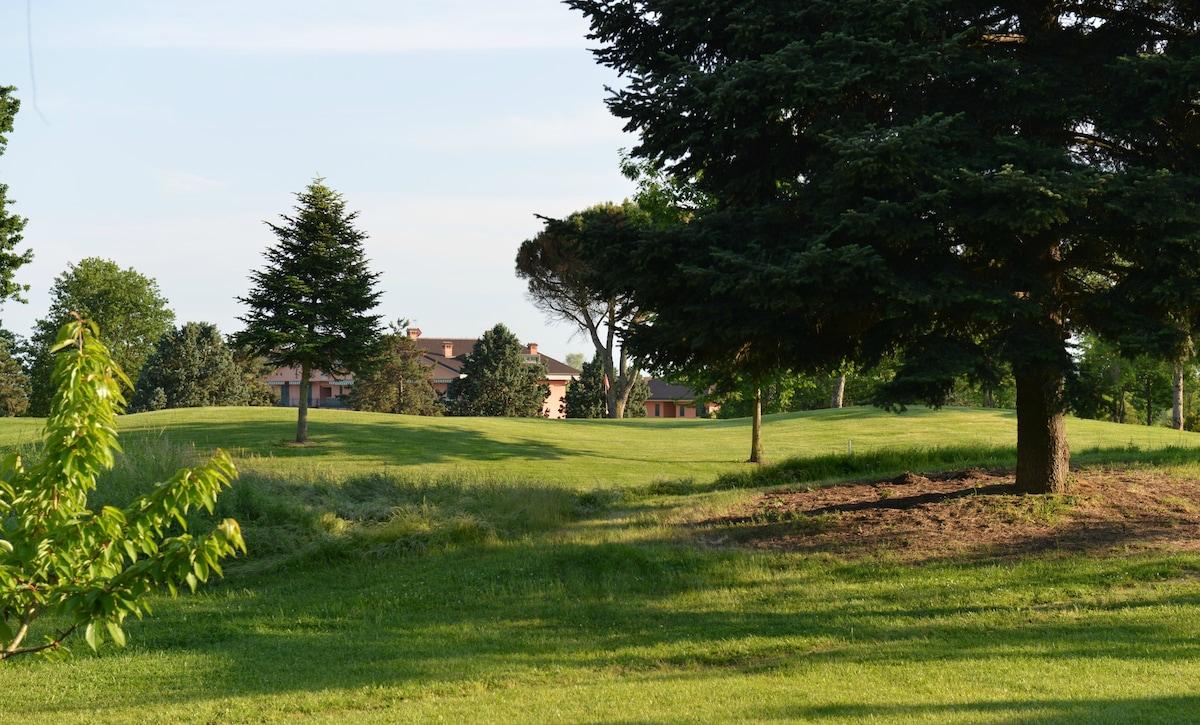 Golf Club house in Monferrato