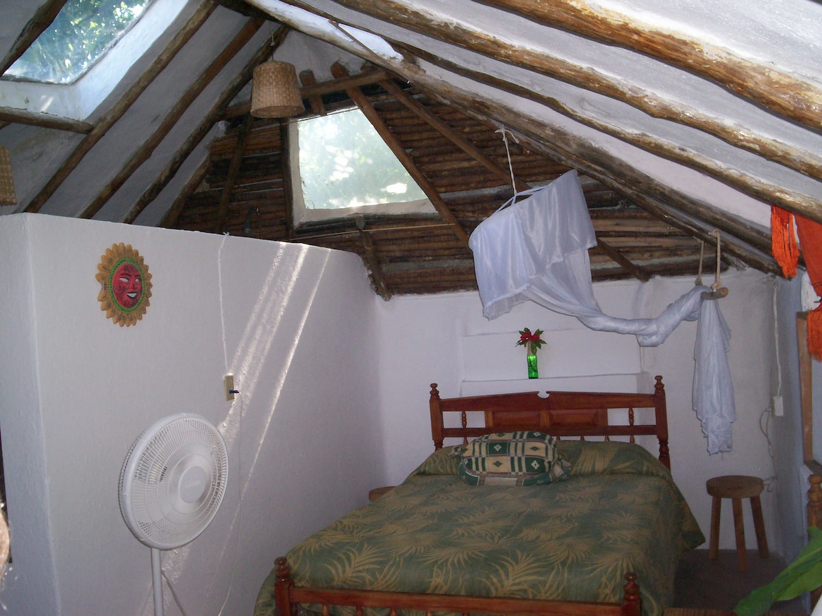 Casitas Kinsol - (website hidden) - Room #7 - One full size bed -