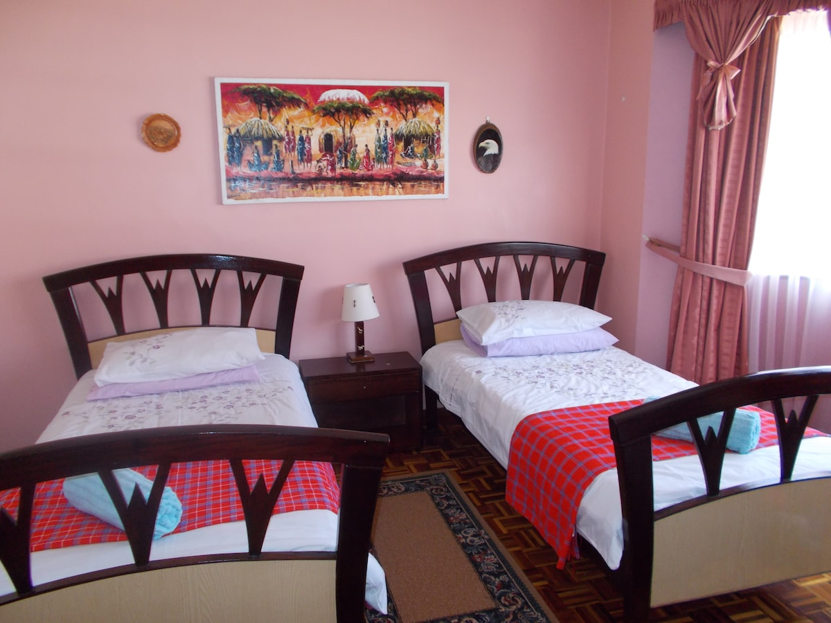 Twin Beds in the heart of Nairobi!
