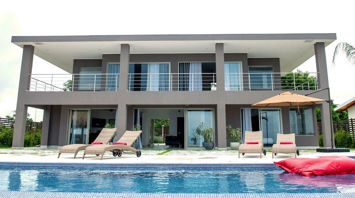 Luxury Oceanview House Santa Teresa