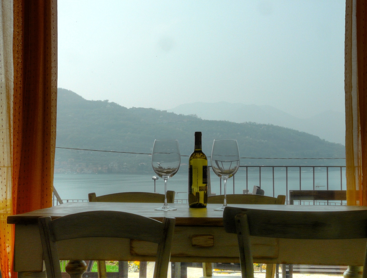 flat with beatiful view on Iseo Lak