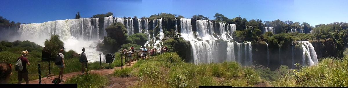 Happy Sunset House Iguazu Falls