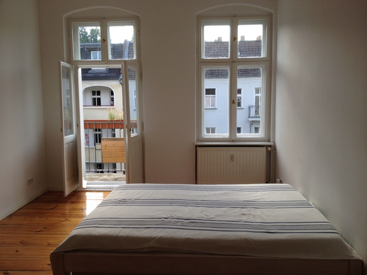 very sunny one-room apartment