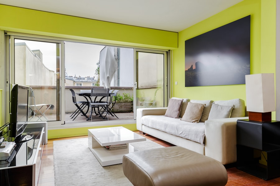 3BR MODERN MARAIS FLAT WITH TERRACE