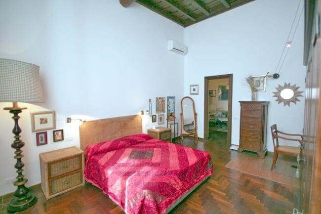 Scala: In the centre of Trastevere