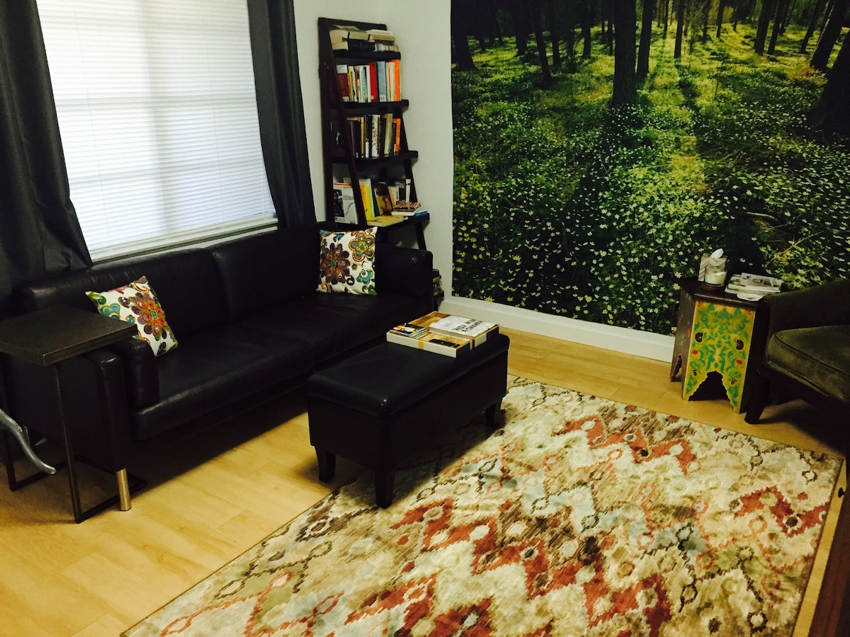 SXSW PERFECT 6th/lamar SUNNY 1BR1BA