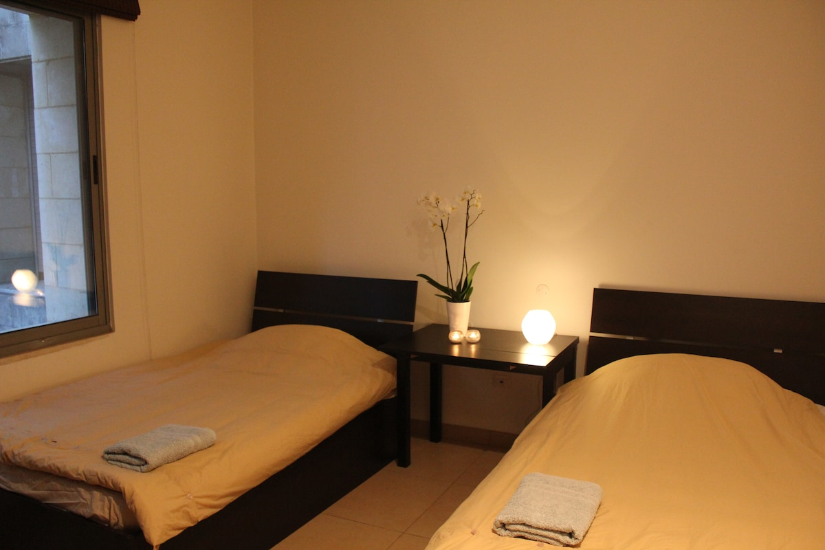 Cozy and private room in Abdoun