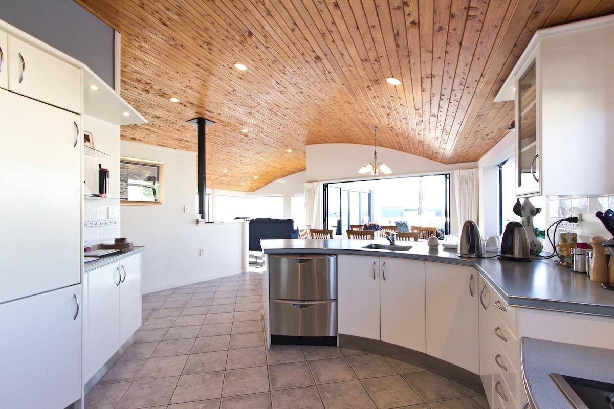 Beautiful Seaside Home in Fitzroy
