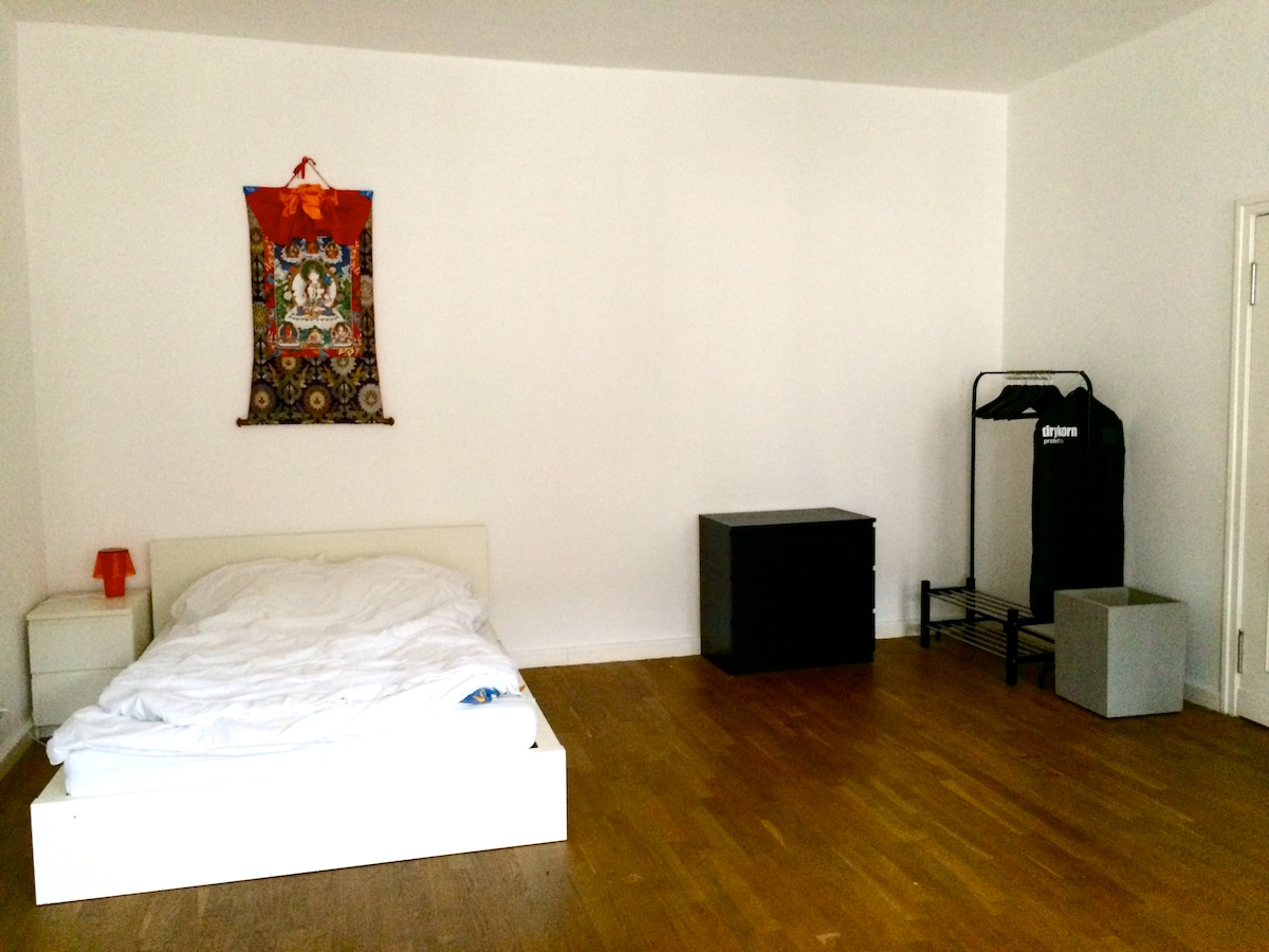 Modern studio in Berlin-Mitte