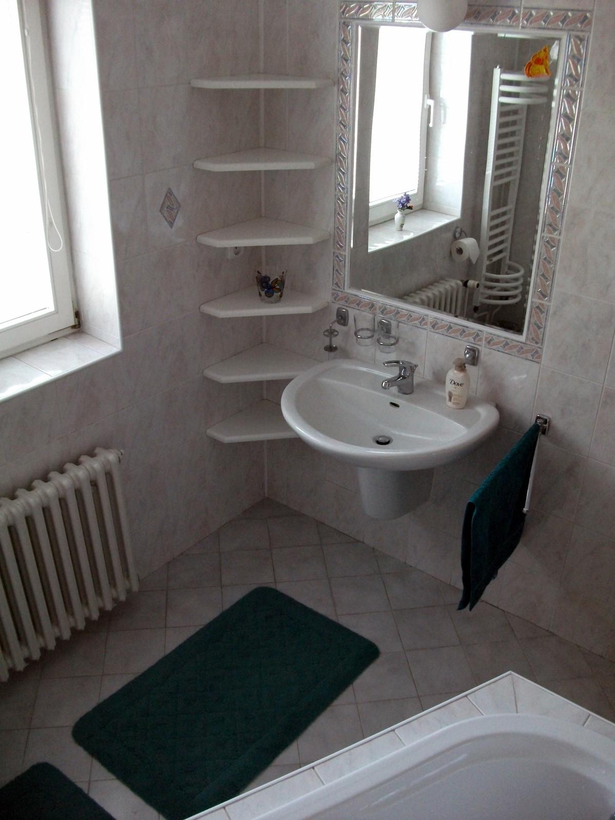 Private bathroom for room No.1