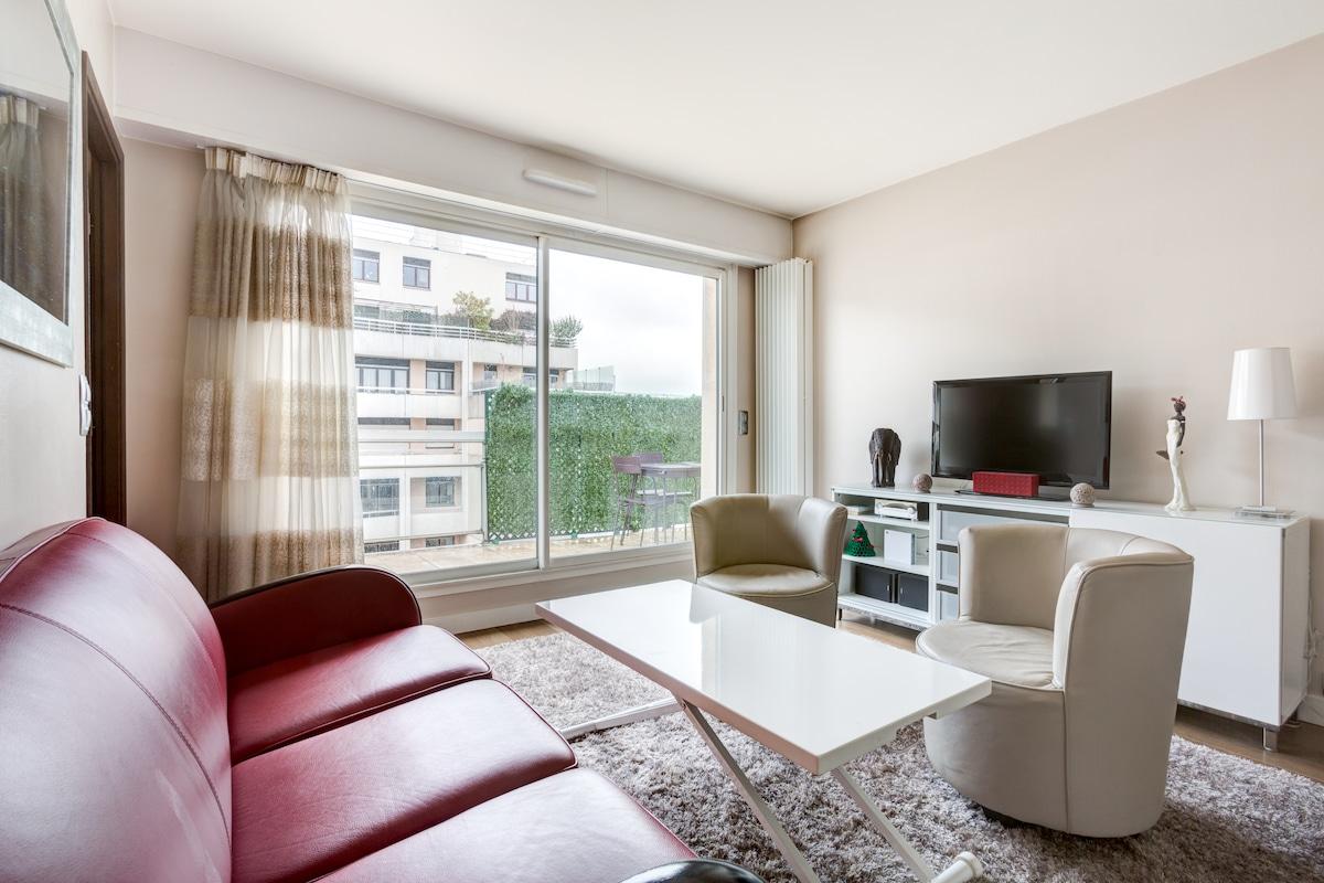 Cosy Apartment clos by Montmatre