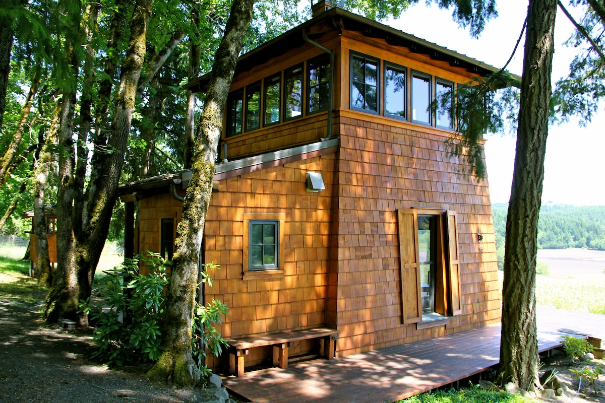 Side view of cabin