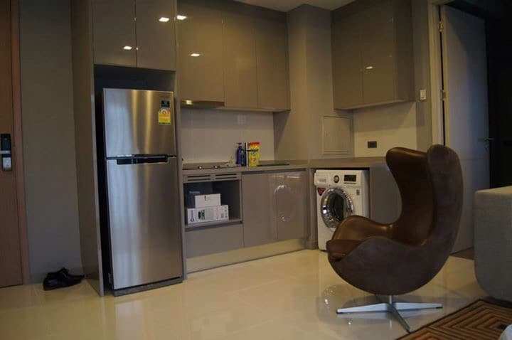 1BR, Victory Monument BTS,free wifi