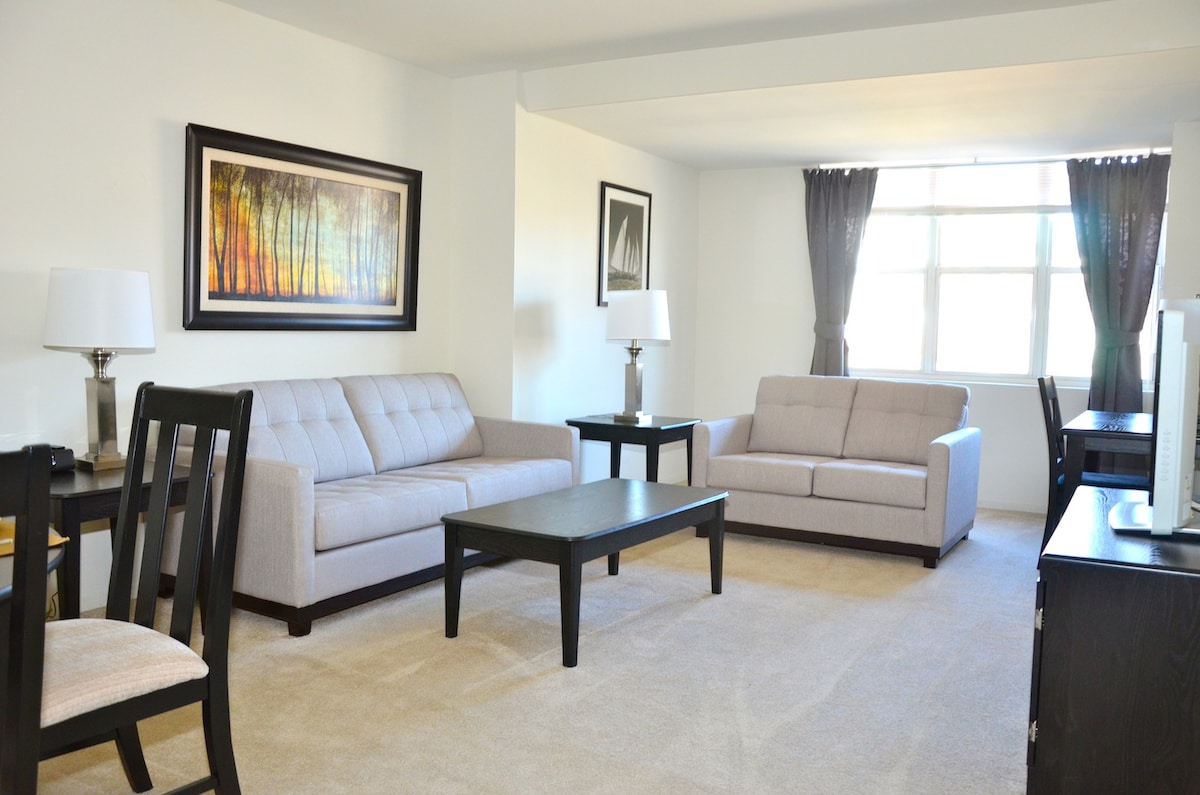 1 Bed at Avalon Center Place