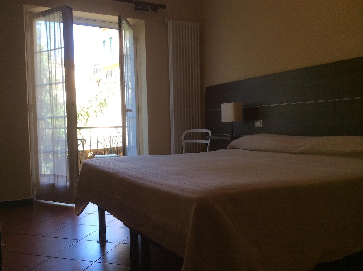 Room Levante
