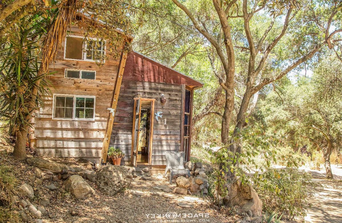 Topanga Wonderland Cottage