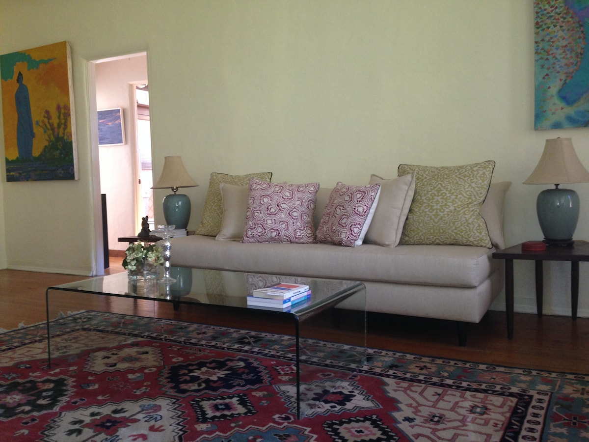 Room in bright & spacious WeHo Apt
