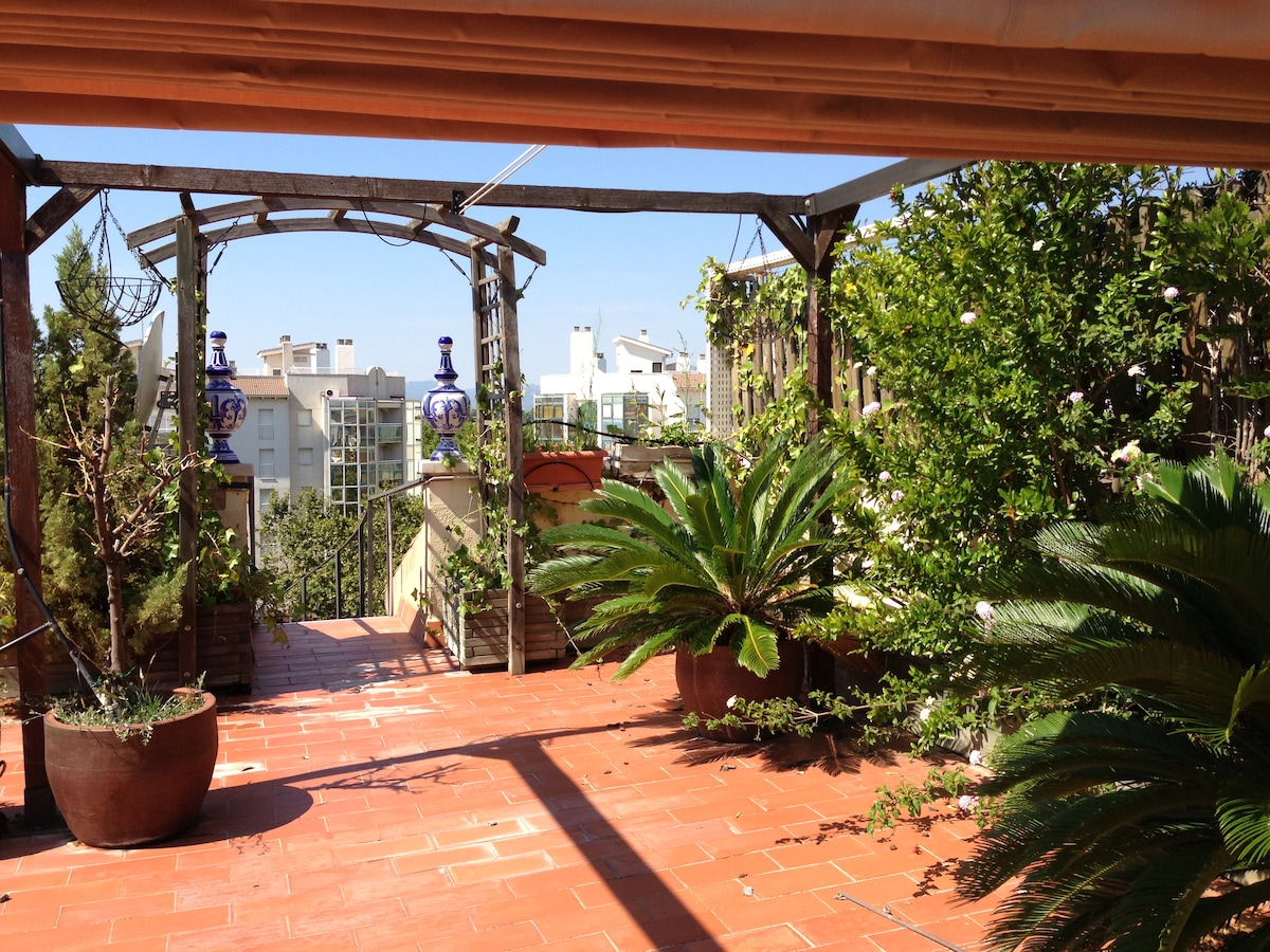 AMAZING PENTHOUSE in CAMBRILS