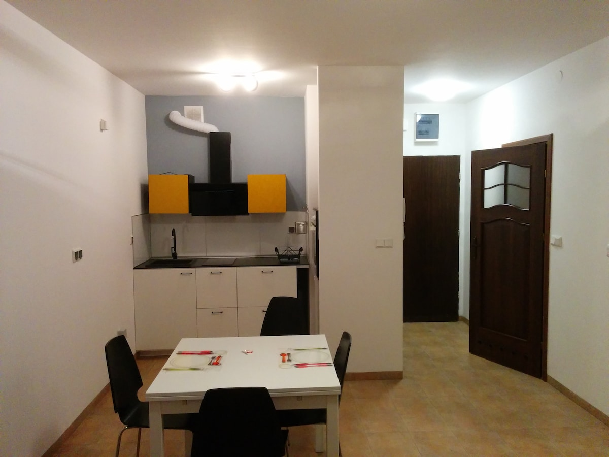 New apartment with security Wohnung