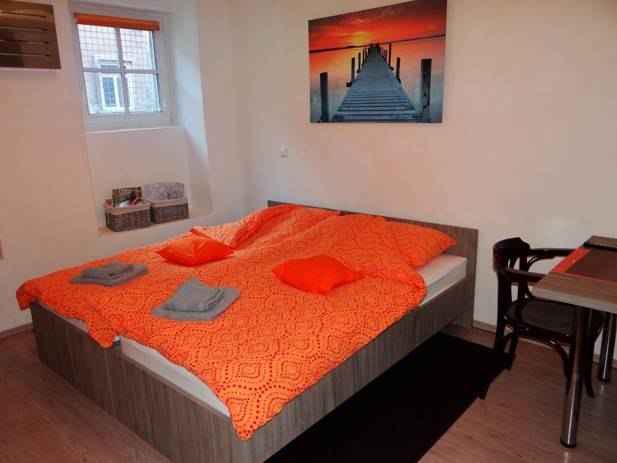 Orange Apartment  in FABRKA