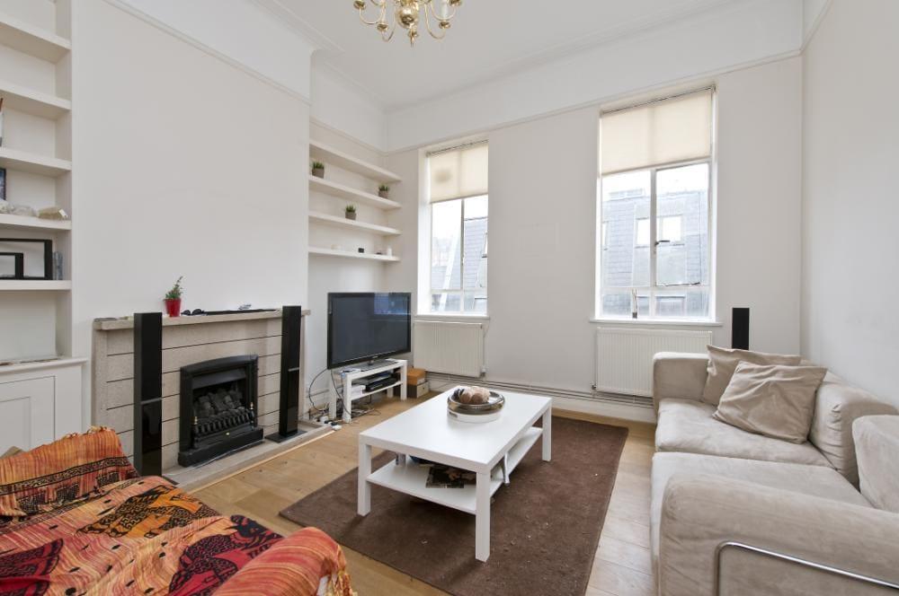Marylebone large one bedroom flat