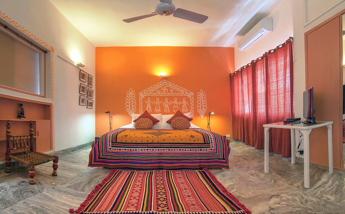 Haveli Hauz Khas, deluxe room Banni