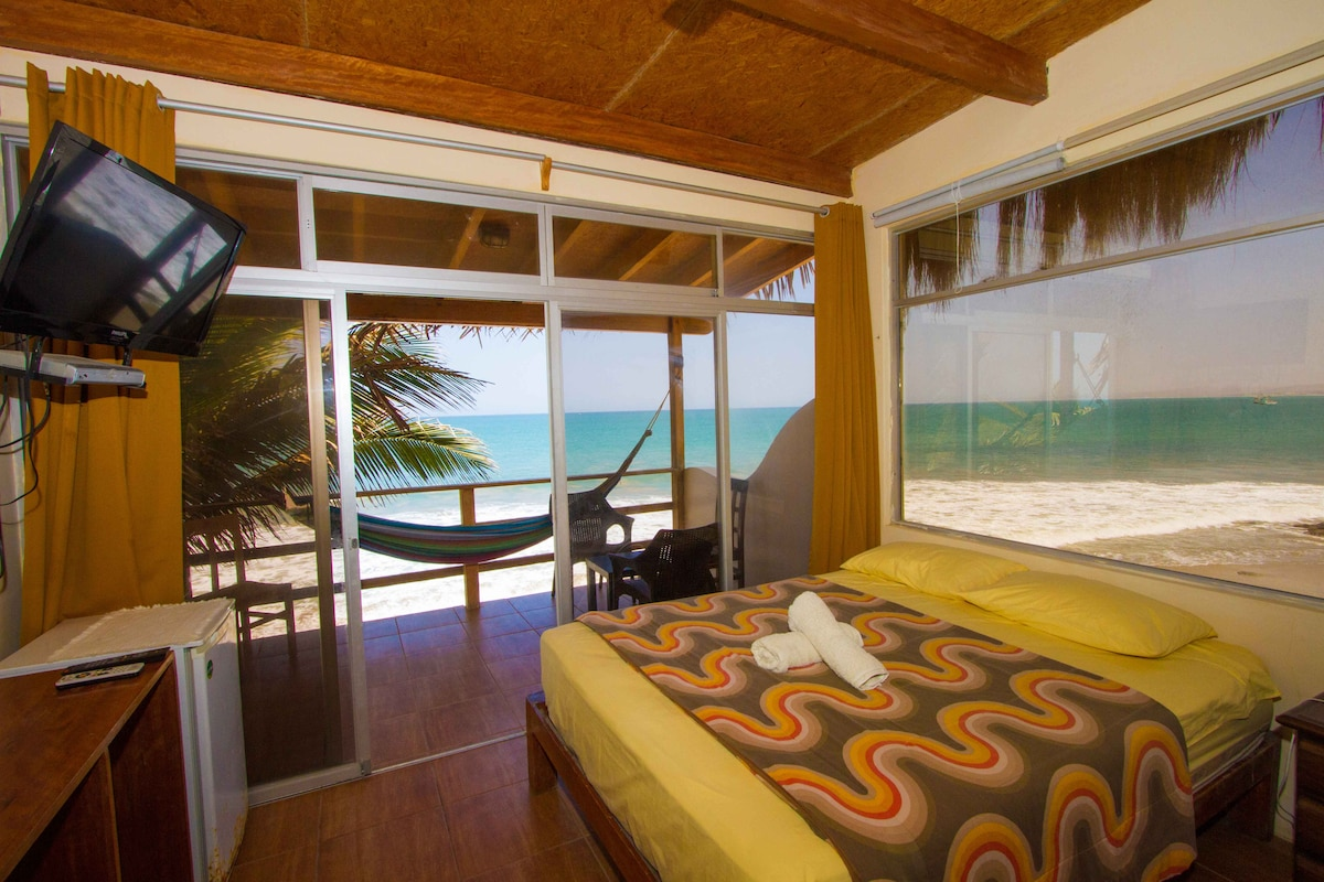 Incredible Ocean view with King bed