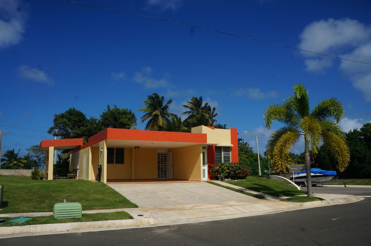 Remodeled! Beachfront Arecibo House