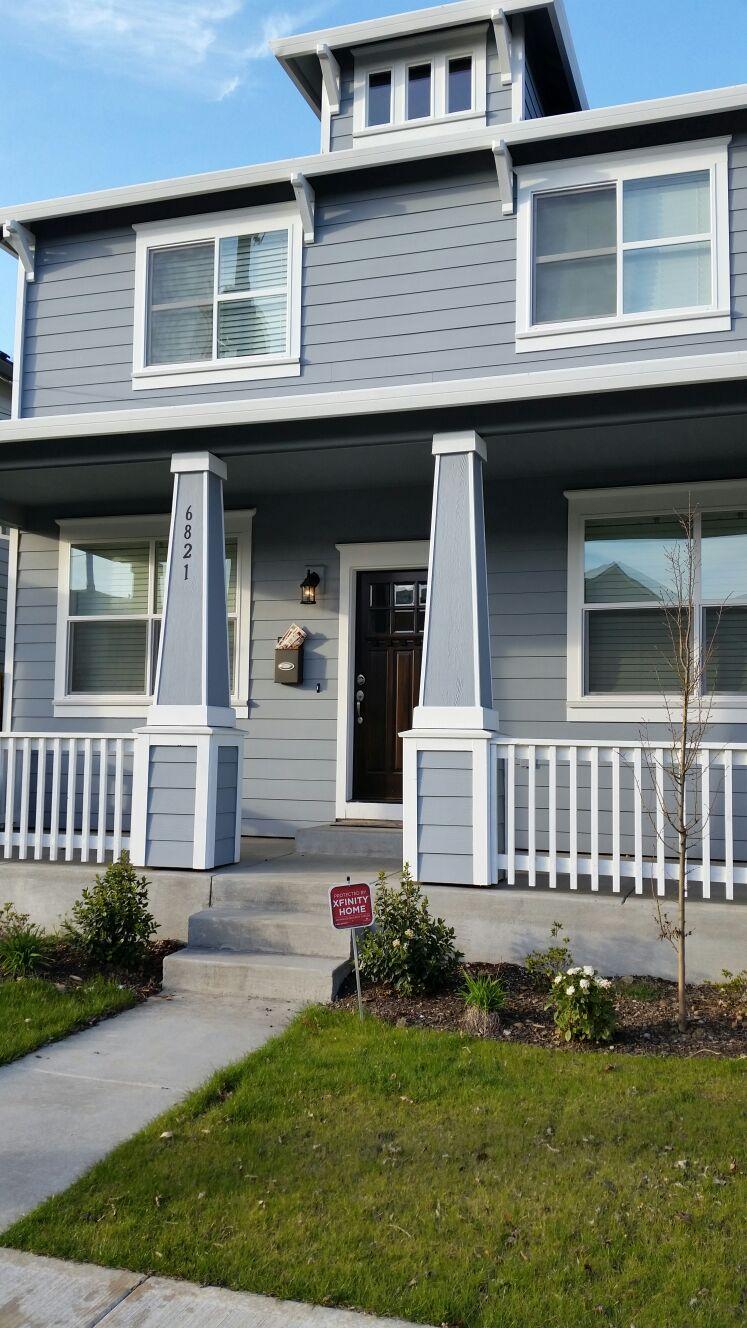 New house, convenient SE location!