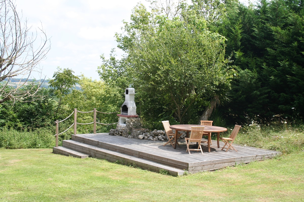 The BBQ and outdoor eating area