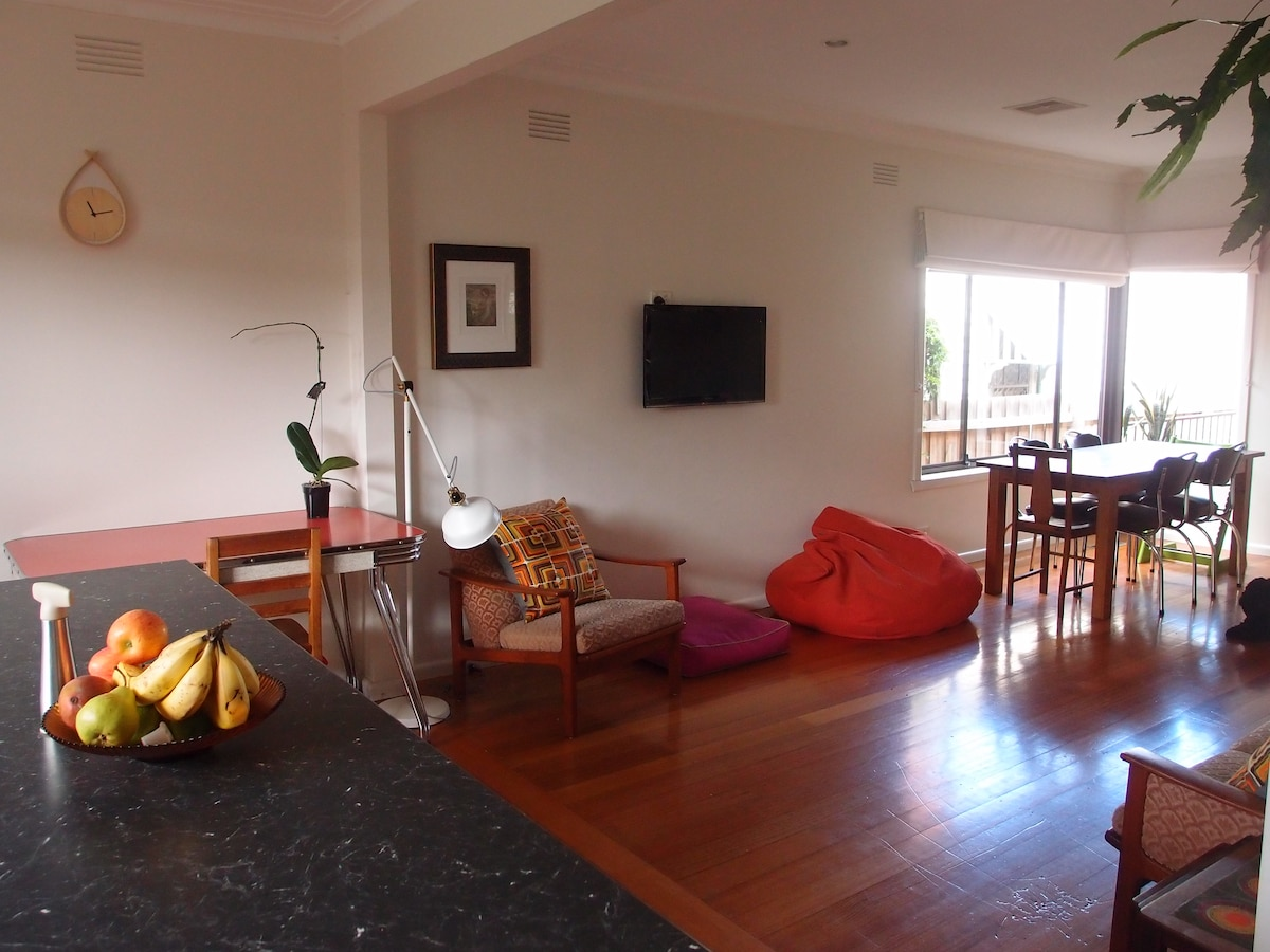 Family home in vibrant Northcote!