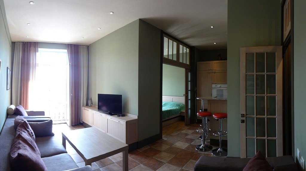 Beautiful, atypical, 1 bedroom
