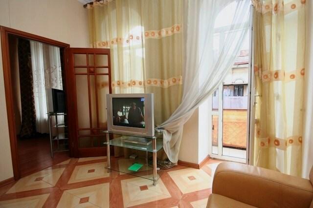 Jacuzzi Main Street 2 Bedroom ID149
