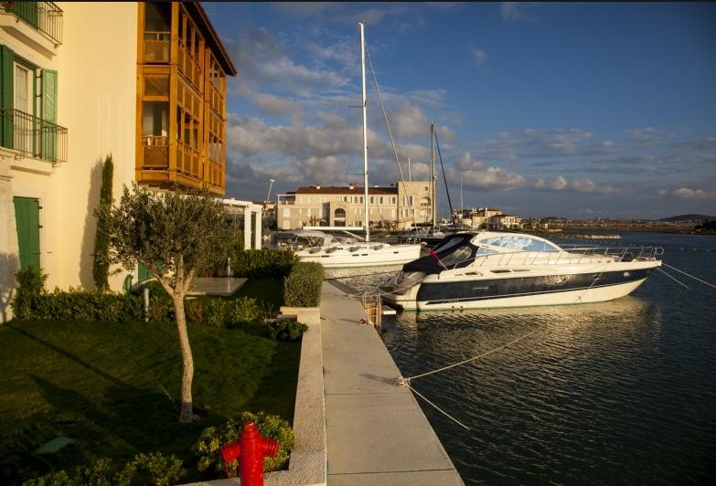 Port Alacati Flat - Cozy & Elite