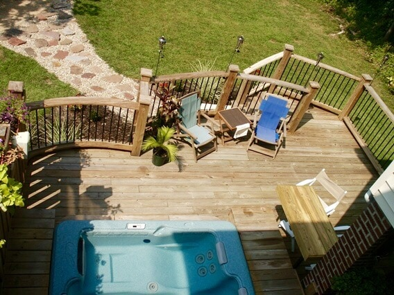 Private sunroom near Forest Park!
