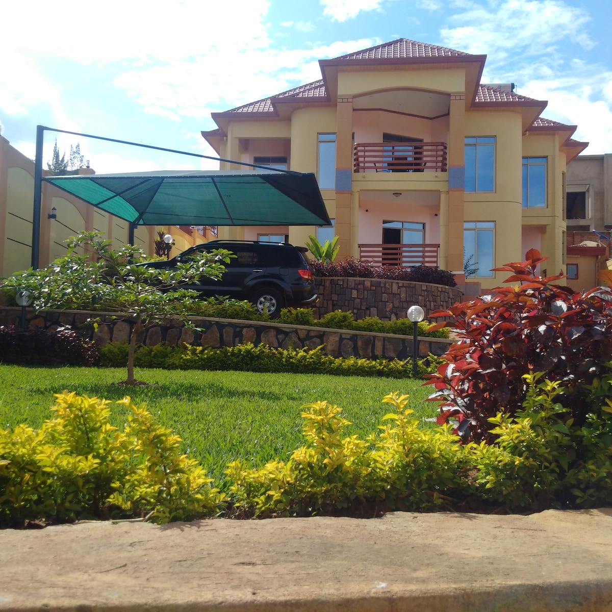 5BD Mansion in heart of Kigali