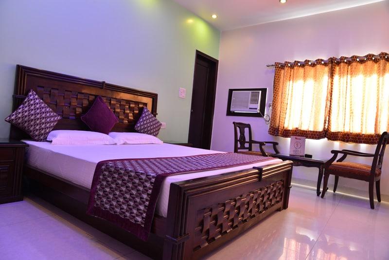 HOTEL AMAX INN Luxury Room