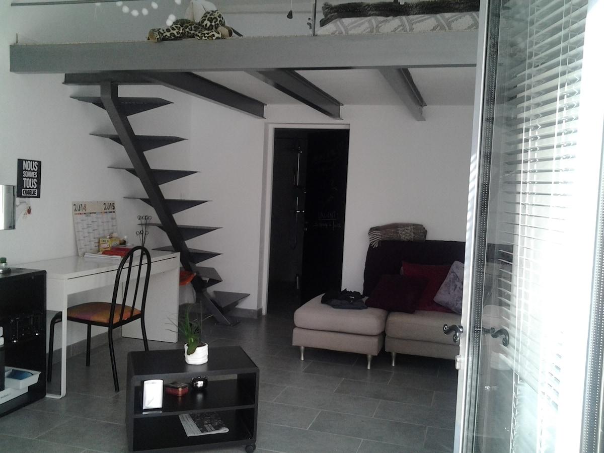 studio 35 m2 - couchage mezzanine