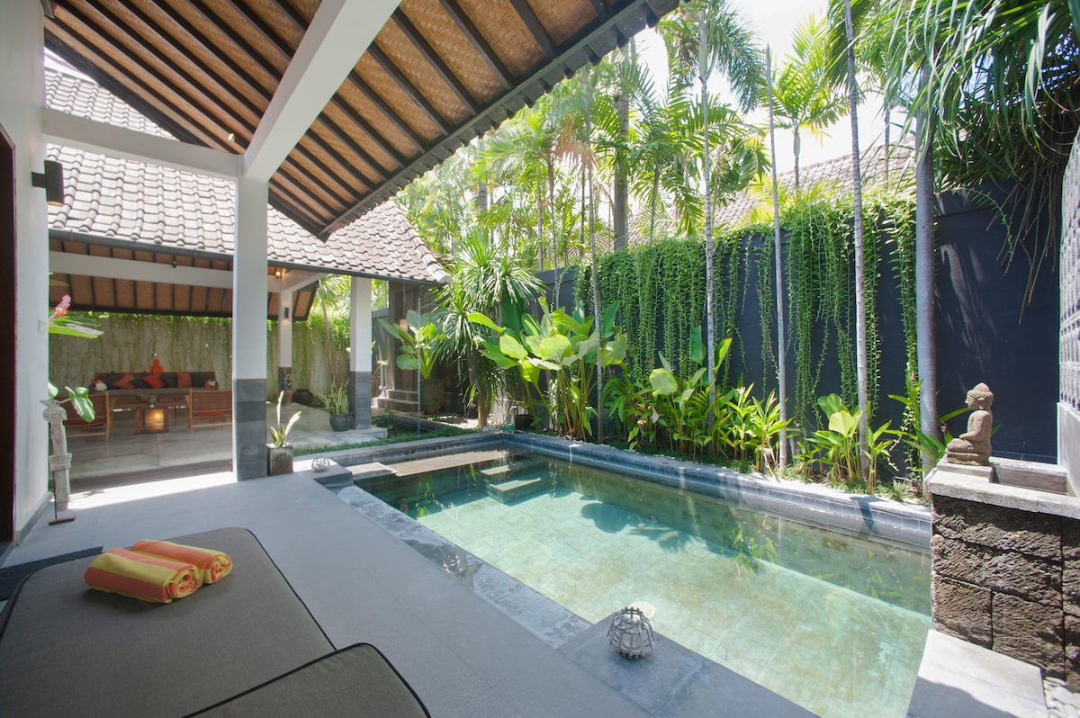 Refreshing private pool