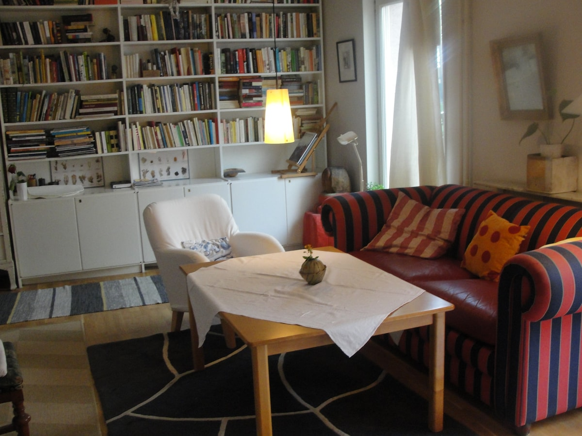 Studio-flat with out-door space