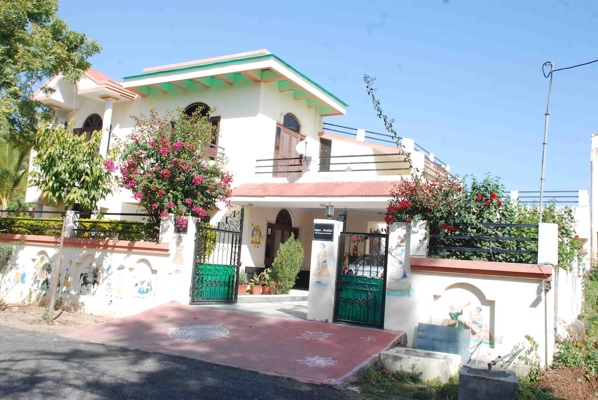 Charming Home-stay in Udaipur