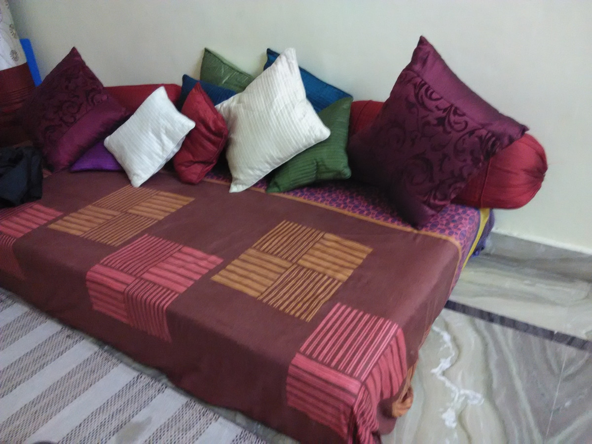 Well furnished room for Rent!