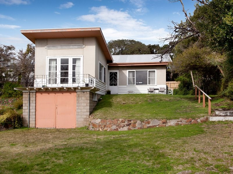 Sorrento's Couta Boat Cottage