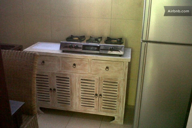 Shared kitchen facitlites with other room