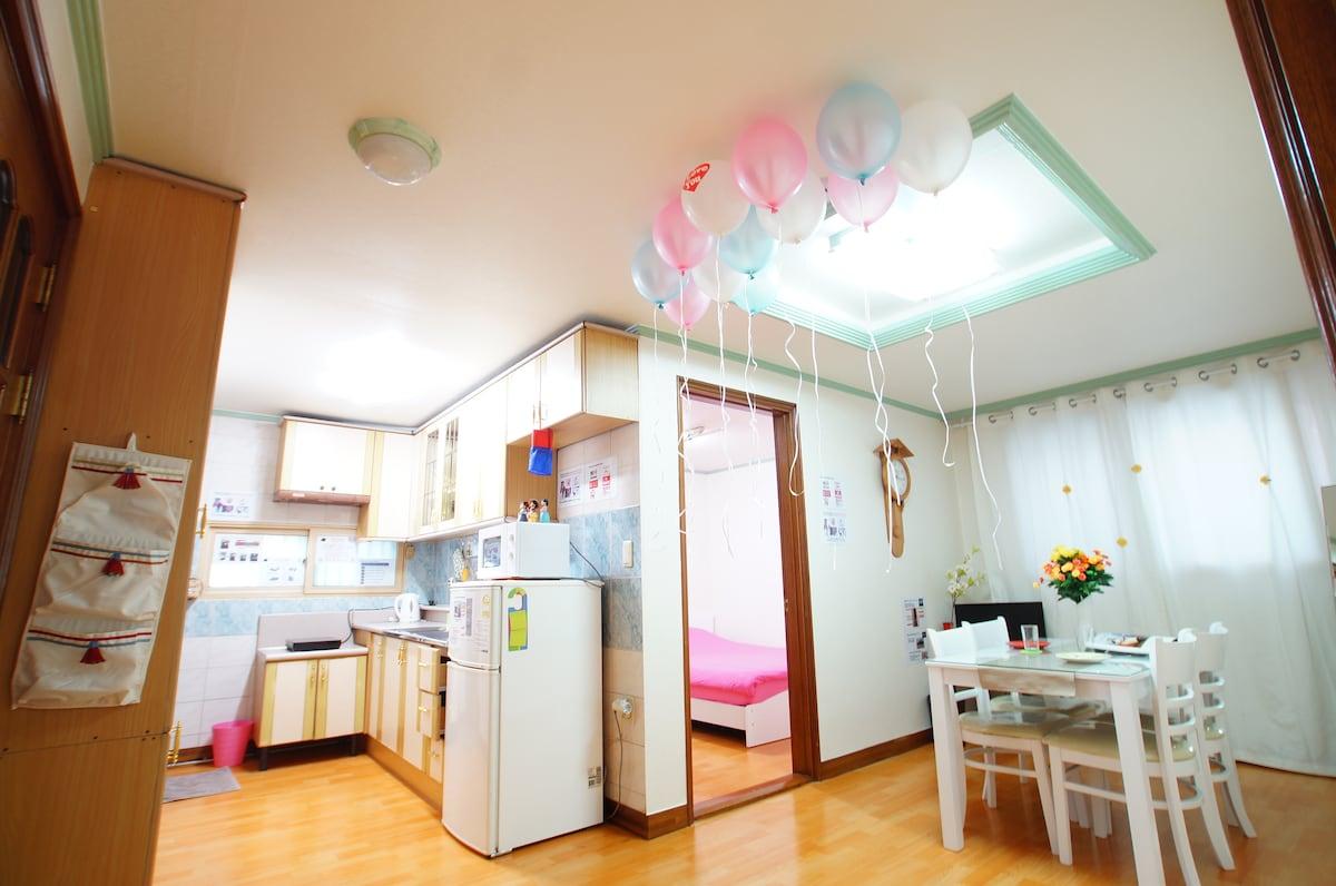 Center of Seoul, Itaewon 2room flat
