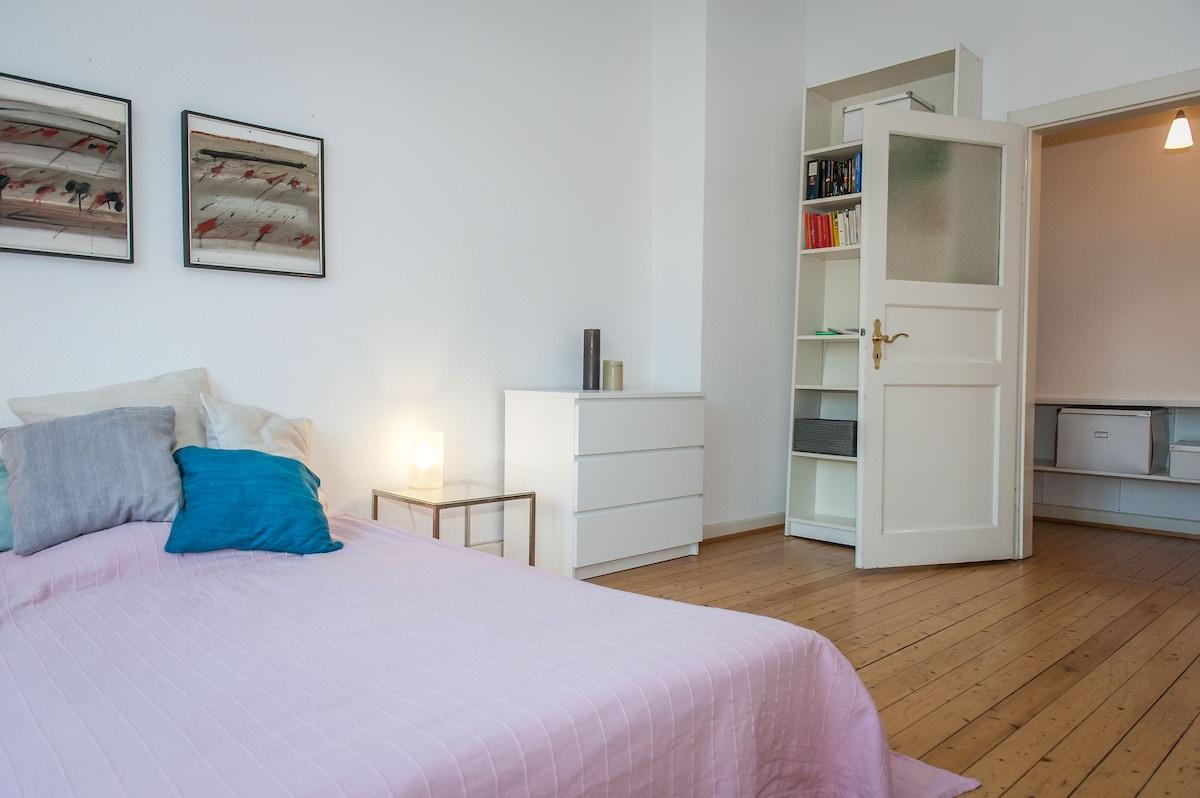 Sunny 17 sqm room in Eimsbüttel